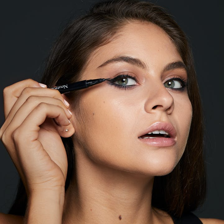 Neutrogena® Precision Liquid Eyeliner