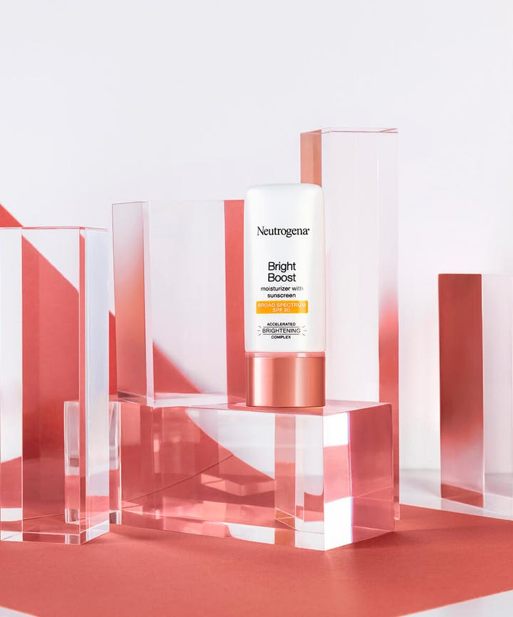 Neutrogena Bright Boost™ Facial Moisturizer with SPF 30 and Neoglucosamine®